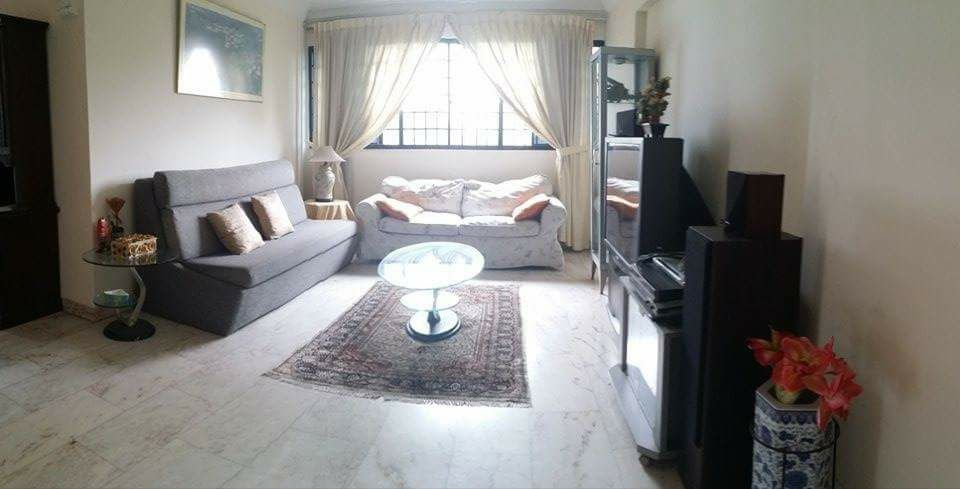Master bedroom looking for tenant - - Homates 新加坡