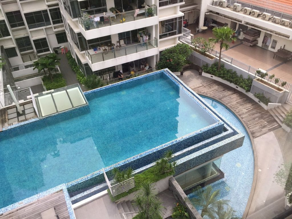 Spacious common bedroom with pool view @ Aljunied (all-inclusive); bright, quiet; no agent fee - Aljunied - Bedroom - Homates Singapore